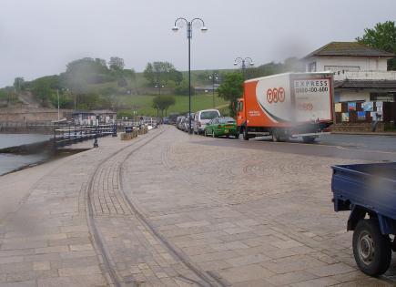 Swanage_pier_tramway